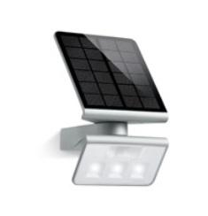 Cvetodiodnyi svetil'nik na solnechnyh batarejah s datchikom dvizhenija X Solar L-S